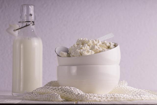 tvaroh a mléko.jpg